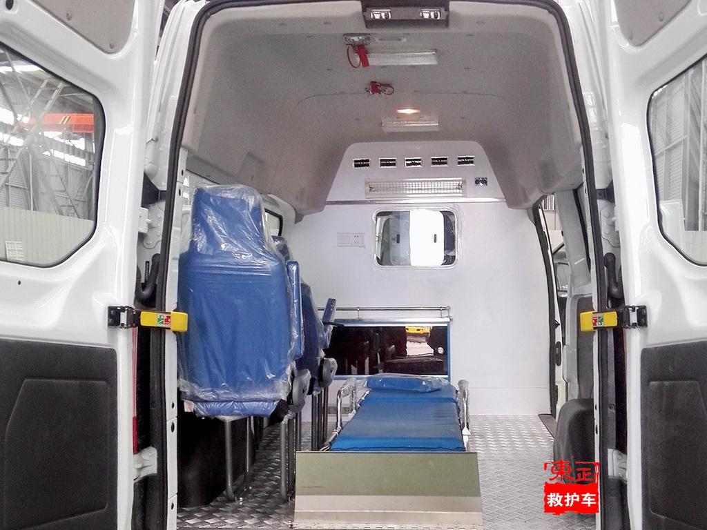 运输型救护车医疗舱