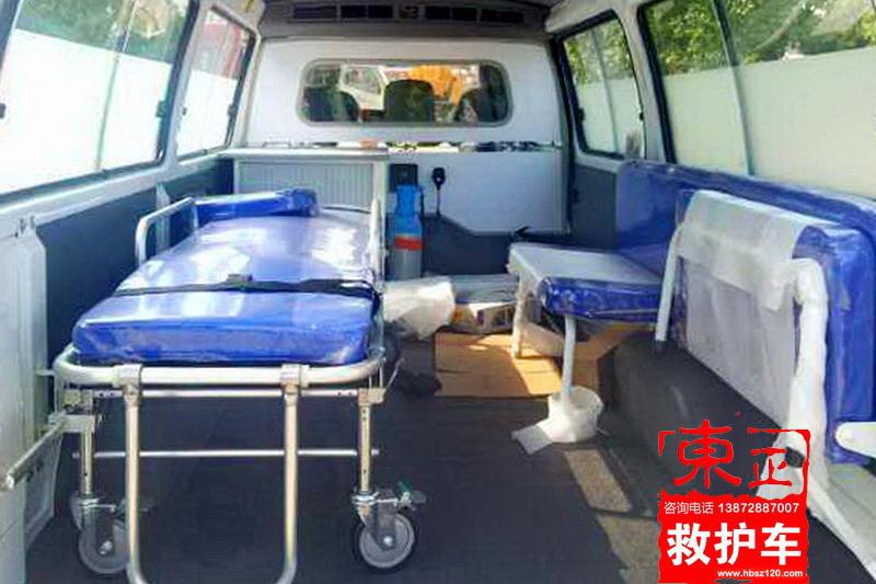 金杯小海狮高顶救护车原厂内饰图3